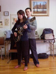 エレキギターの演奏