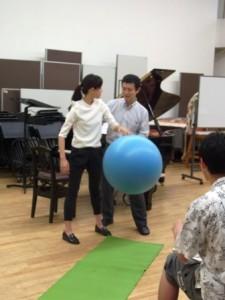 「からだ」を伸びやかになると、ボールの跳ね返り方が変わる その2