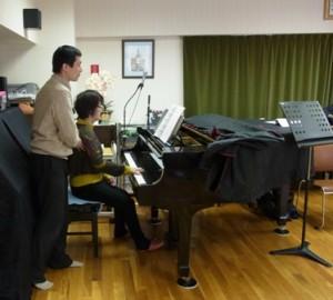 アレクサンダー・テクニークを使って、ピアノを演奏する
