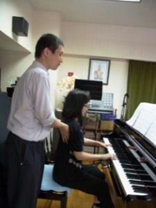 学んだディレクションを時差市のピアノ演奏で使う