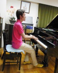 ピアノ弾き歌い(ビフォー)