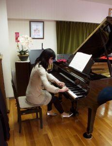 ピアノ演奏(ビフォー)