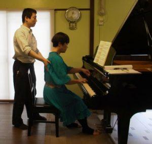 ピアノ演奏-アフター2