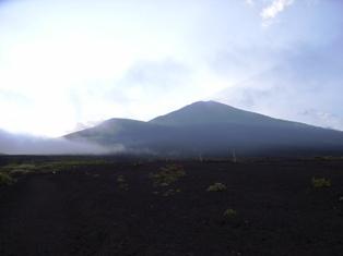 2006年8月 須走口から見た富士山