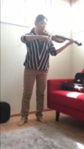 アレクサンダーテクニークを使った目のワークの成果をヴァイオリン演奏で確かめる
